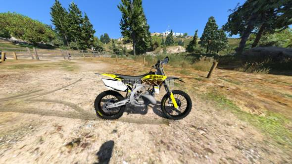 Скриншот Yamaha YZ 250 - Graphics Vintage Yellow v1.0